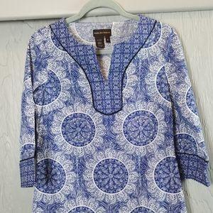 DANA BUCHMAN blue & white pullover top